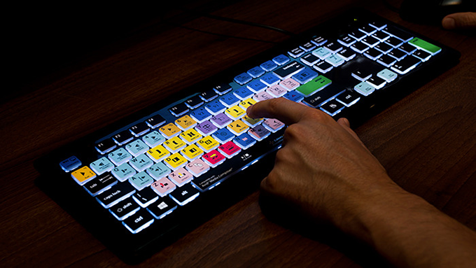 The Perfect Keyboard For The Editing Room | TechFaster
