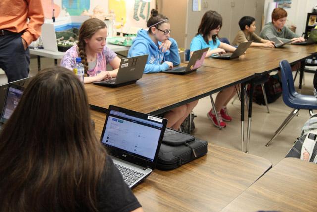 Chromebooks-classroom
